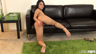 She fucks it on the floor and gets back on the couch to keep on going