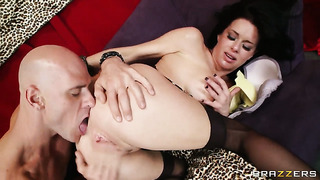 Johnny sins loves slutty veronica avluvs wet hole and fucks her as hard as possible