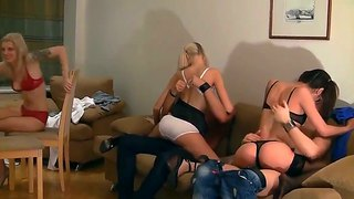 Hot and spectacular orgy with some hot babes like kamila and elizabeth
