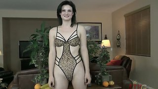 Sexy hot miss kitten first webcam experience!