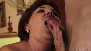 Mature couple has a really intensive and fruitful sexual relationship