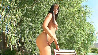 Tall and buxom brunette simony diamond becomes wetter and hotter on the nature
