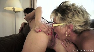 Lucky mature dyke gets to lick and scissor a super-hot fresh porn model