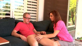 Syren de mer sucks a young nerdy guy off