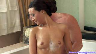 Nude miko sinz gives excellent body massage