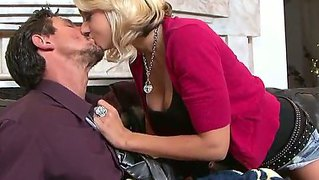 Glamour blonde chick briana blair with an awesome body is fucking with her boss from the job