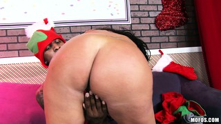 Big d's merry dickmas special is the best present this brunette babe ever got