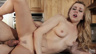Fit blond lexi belle is eaten out on her kitchen counter