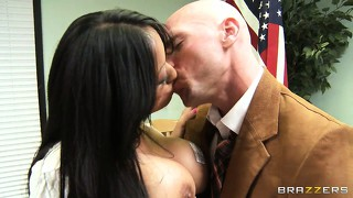 Stacked asian babe gets a private oral exam from her teacher