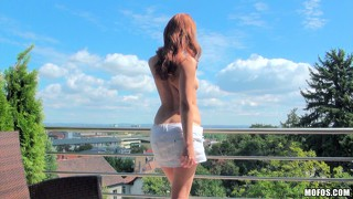 Natural redhead with milky skin takes big shlong in her mouth