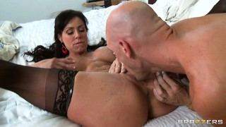 Brunette cougar gets her face creamed and she still wants more