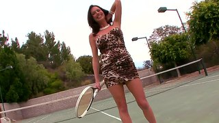 Busty babe veronica avluv plays some tennis