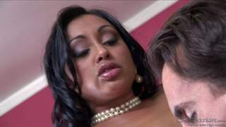 Big racked indian milf priya rai has office sex