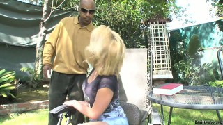 Blond hoochie with perfect tight body gives head to her hung black stepfather