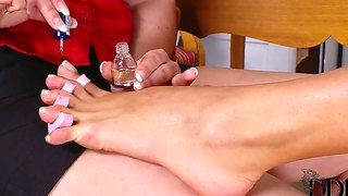 Lezzies angell summers and eva parcker get nautghty