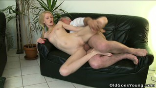 Ginger's hubby walks in with his dad balls deep inside his wife, and stays