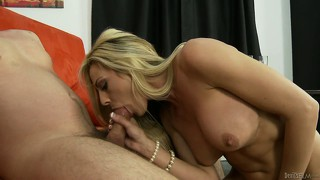 After going down on a younger knob, sindy lange bends over for some pounding