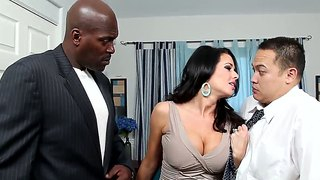 Veronica avluv takes lex steele huge dick into her mouth.