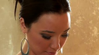 Jackie lin and miko sinz take shower together
