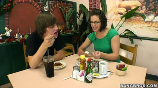 Bobbi starr does to dinner and then offers pussy to a horny teen guy