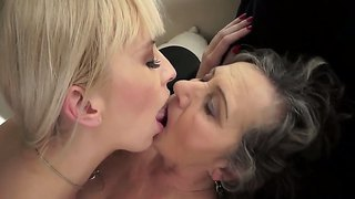 Lovely alexa wild is devouring granny kata's hairy bush until she is moaning with lusty pleasures