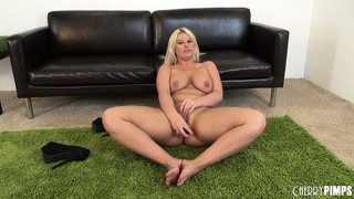Julie cash toys her twat on the floor and licks off her juices