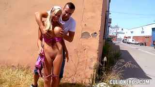 Heavy chested jordan pryce gives head in public