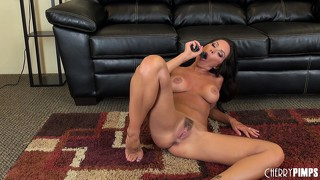 Naughty kirsten price gets down and dirty with her favorite dildo