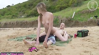 Slender australian amateur gets her hairy pussy fucked on the beach