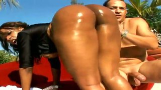 Ghetto beauty ayana falls for sergio's long hard cock and lets him explore her round brown booty