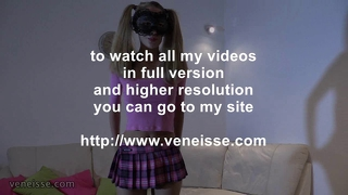Veneisse monster dildoes and gape for skinny girl !