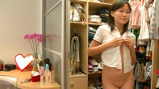 Cute japanese amateur sakari getting changed