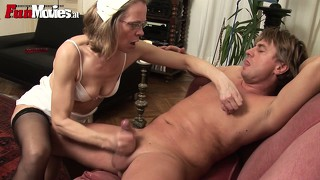Mature amateur head nurse gives great blowjobs and gets toyed