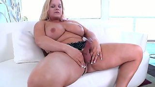 Holly sweet jerks off with a dildo up the bum